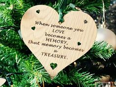 glob personalizat memorial 1 When Someone, Memories, Christmas Ornaments, Holiday Decor, Memoirs, Souvenirs, Christmas Jewelry, Christmas Decorations, Remember This
