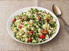 Quinoa Tabbouleh with Feta recipe from Ina Garten via Food Network  Mazel tov: olajos magvakkal, aszaltáfonya, fehérhagyma, paradicsom és uborka tabuléval