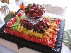 vegtable trays   Fruit And Vegetable Trays - Bing Images   Party Ideas