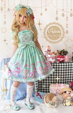 #lolitas #lolita #lolitastyle #japan #japanfashion via @Glamorable!!!