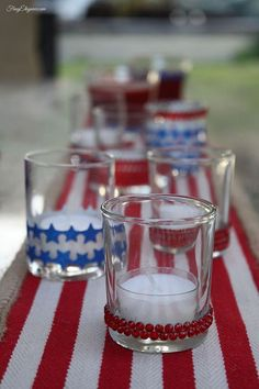 Easy to Decorate Votive Candles for 4th of July!