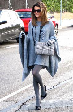 Fashion and Style Blog / Blog de Moda . Post: The poncho that caught my eye / El poncho que captó mi atención See more/ Más fotos en : http://www.ohmylooks.com/?p=6284 by Silvia García Blanco