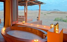 Okahirongo Elephant Lodge, Namibia This big-enough-for-two bath was designed for use any time of day—an early morning soak, an afternoon respite, or candlelit evening dip. Safari, Villa, Jacuzzi, Romantic Bathtubs, Les Seychelles, Namibia, Relaxing Bath, Best Bath, Architecture Design