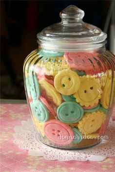 How to make Button Cookies for a Lalaloopsy party! | denna's ideas