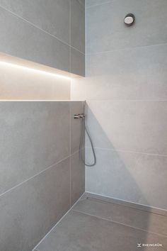 Exclusive Villa + + with + modern + basin + of + Corten steel + and + mood + Ga . - Exclusive Villa + + with + modern + basin + of + Corten steel + and + + atmospheric garden lighting - Bad Inspiration, Bathroom Inspiration, Diy Bathroom Remodel, Bathroom Renovations, Modern Bathroom, Small Bathroom, Bathroom Vintage, Toilette Design, Lavatory Design