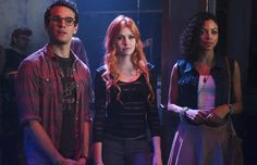 'Shadowhunters' Series Premiere: Star Katherine McNamara Teases What to Expect
