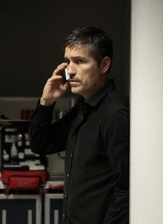 Season 3 Episode 13 Reese Reese Reese (Jim Caviezel) boards an international flight in an attempt to put the team and the past behind him, but is angered when he realizes his travel plans have been manipulated, on PERSON OF INTEREST.
