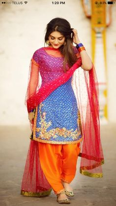 Fashionable Punjabi Suit For Trendy Girls – Designers Outfits Collection Salwar Designs, Patiala Suit Designs, Punjabi Girls, Punjabi Dress, Designer Punjabi Suits, Indian Designer Wear, Designer Sarees, Designer Dresses, Patiala Salwar