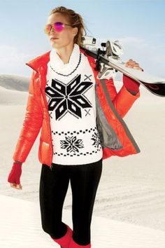Winter Workouts: What to Wear for a Ski Weekend - Daily Fashion Ski Fashion, Fashion Today, Fashion Outfits, Mode Au Ski, Snowboarding, Skiing, Ski Weekends, High End Fashion, What To Wear