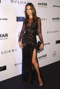 Alessandra Ambrosio.. Versace dress, with an Elena Ghisellini clutch.. Alessandra Ambrosio, Brazilian Supermodel, Brazilian Models, Fashion Week, Fashion Show, Milan Fashion, Women's Fashion, Fashion Models, Gala Dresses