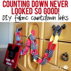 Counting Down Never Looked So Good! – DIY fabric countdown links via Scrap Fabric Projects, Fabric Scraps, Sewing Projects, Sewing Ideas, Disney Countdown, Disney Crafts, Disney Diy, Cool Diy Projects, Fun To Be One