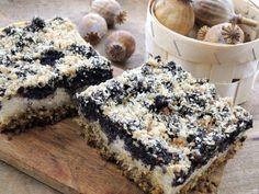 Tvaroho-makový koláč bez mouky Healthy Deserts, Healthy Dessert Recipes, Sweet Desserts, Sweet Recipes, Cake Recipes, Biscuit Sandwich, Czech Recipes, Chocolate Biscuits, Gluten Free Cakes