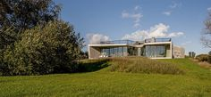 Strategically positioned between sheltered woodland and a stretch of the Netherlands' polder land, W.D House, the latest residential project by UNStudio, gracefully combines three of modern domestic design's most coveted basics. House Of The Rising Sun, Home Automation System, D House, Wallpaper Magazine, Monochrom, Sustainable Living, Exterior Design, Future House, Beautiful Homes