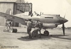 Pacific Victory Roll - Edmunds Collection - New collection of over 90 images from 3 Squadron RAAF in the Middle East Victory Rolls, Middle East, Airplanes, Ww2, World War, Victorious, Aircraft, Website, Collection