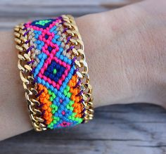 NEW! OOAK  friendship bracelet in beautiful winter colors boarded with gold plated chain