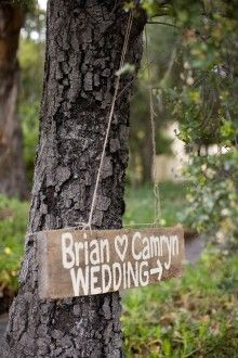 wedding sign: simple and beautiful