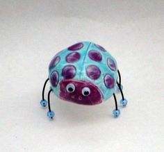 pinch pot bug something easy to start out? Paint with underglazes, quick one day project 6th?