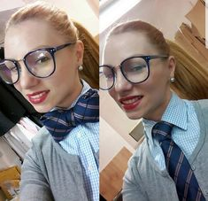 Collar Blouse, Collar Shirts, Collars, Women Wearing Ties, Women Ties, Queen, Button Up, Female, Lady