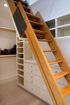 GARAGE LOFT STAIRS - Wish I had the carpenter or at least the carpenters plans on how he built this VERY sturdy looking stairs to the attic. :/ Master Suite and Bath - modern - bedroom - san francisco - mark pinkerton - photography Attic Bedroom Small, Attic Bathroom, Attic Rooms, Modern Bedroom, Attic Renovation, Attic Remodel, Attic Access Ladder, Retractable Ladder, Stair Plan