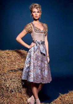 Lookbook Kollektion Herbst/Winter 2015 | Kinga Mathe | Dirndl & Trachten Couture by Kinga Mathe - issuu