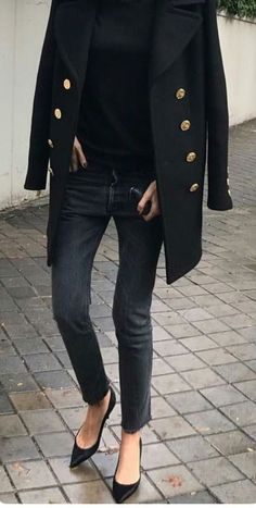 street spring fashion best photos street spring fashion best photos – More from my site London SS 2020 Street Style: Jessie Bush – STYLE DU MONDE Mode Outfits, Casual Outfits, Fashion Outfits, Travel Outfits, Fashion Capsule, Jean Outfits, Fashion Advice, Fashion Clothes, Fashion Accessories