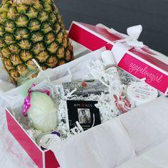 Sneak Peek LE Luxe Pineapple Box of Joy!