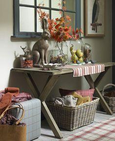 autumn colour Cosy-country-hallway-with-tartan-print-rug