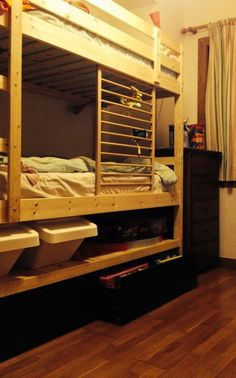 Mydal bunk bed hack: added height, shelf and Malm drawers - IKEA Hackers