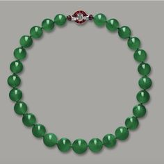 Cartier - The Hutton-Mdivani Necklace, comprising 27 Qing jadeite beads and Art Deco ruby and diamond clasp Ruby And Diamond Necklace, Jade Necklace, Jade Jewelry, Diamond Pendant Necklace, Diamond Jewelry, Diamond Necklaces, Cartier Necklace, Cartier Jewelry, Luxury Jewelry
