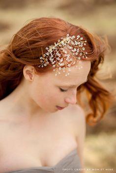 Bridal Fascinator Head Piece Crystal Hair Piece by sibodesigns