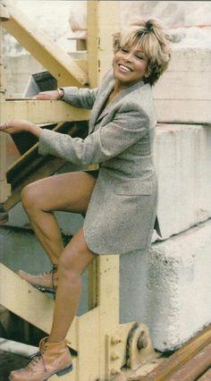 Tina Turner - Kibbe verified Flamboyant Gamine - combination of Yin and Yang with extra Yang Tina Turner, Female Rock Stars, Rock Queen, Eva Longoria, Motown, Female Singers, Role Models, Girl Models, Black Girl Magic
