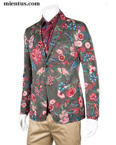 GUCCI Blazer Floral / www.mientus.com