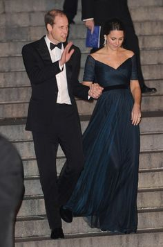 Kate and Will at the Met in NYC--she's re-wearing her gorgeous Jenny Packham dress!