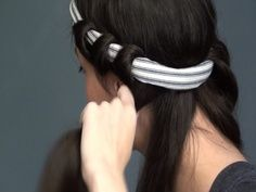 How to curl your hair without heat. Awesome! I tried this and it actually works! Great if you style it a lot and you don't want to fry your hair.