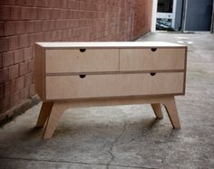 Entertainment Unit with soft closing drawer made from от Woodbeast