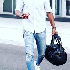 Understanding about outfit in dressing is very necessary to care. Not only women who like to match the outfit, but … Mens Fashion Blog, Fashion Bags, Fashion Trends, Bonnie Prince Charlie, Babydoll Dress, Spring Outfits, Dressing, Blazer, Stylish
