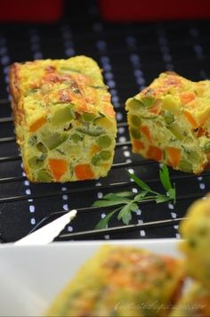 Vegetable pudding {curry and coconut milk} - chicken Coconut Milk Chicken, New Recipes, Healthy Recipes, Breakfast Quiche, Love Food, Entrees, Sushi, Brunch, Pudding