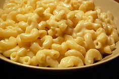 vegan mac n cheese..I bet if Sara B is making it, you won't be able to tell the difference!