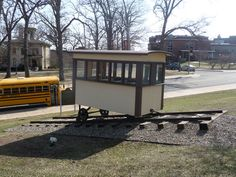East Campus Trolly Replica  College of Engineering  Applied Sciences  2003  Bernhard Center, Western Michigan University