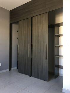 Wardrobe Design Bedroom, Closet Bedroom, Master Bedroom, Bedroom Decor, Building Elevation, Bedroom Cupboards, Modern Closet, Banquettes, Closet Designs