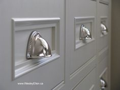 Traditional White Kitchen Designs love these for the kitchen drawers. changeing your hardware changes the look of you kitchen Kitchen Drawer Pulls, Kitchen Cabinet Hardware, Home Hardware, Drawer Hardware, Kitchen Cupboard, Kitchen Drawers, Cupboards, Cabinets, Furniture Styles