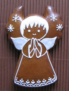My Gingerbread Cottage Christmas Gingerbread, Noel Christmas, Christmas Goodies, Christmas Treats, Christmas Baking, Gingerbread Cookies, Christmas Decorations, Angel Cookies, Holiday Cookies