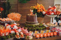 Recepções - CHÁ DE BEBÊ DO RAFAEL - LARANJEIRAS, SERRA - ES Fox Party, Ideas Para Organizar, Woodland Baby, Nursery, Baby Shower, Table Decorations, Birthday, Home Decor, Woodland Decor
