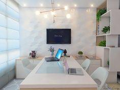 69 ideas shabby chic home inspo Law Office Decor, Doctors Office Decor, Office Cabin Design, Modern Office Design, Office Designs, Feminine Office, Clinic Interior Design, Medical Office Design, Nail Designer