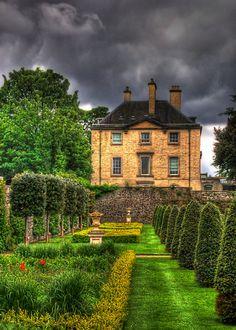 pictures of formal gardens for the home   formal garden royal hospital kilmainham dublin