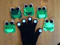 5 Green & Speckled Frogs Glove Set by momanddotsfeltshop on Etsy