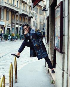 "Big Bang's TOP Poses in the City for ""Vogue"" Magazine Daesung, T.o.p Bigbang, Vogue Korea, Baby Baby, Rapper, Image Mode, Magazine Vogue, Foto Top, Big Bang Top"