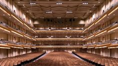 NEW YORK/October 3, 2017 (AP)(StlRealEstate.News) — The New York Philharmonic and Lincoln Center have abandoned a long-planned gut renovation of the orchestra's home.    A $100 million gift toward the building's renovation was announced in May 2015...