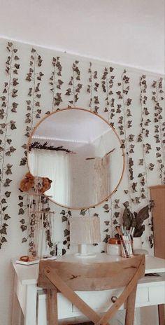 Cute Room Decor, Teen Room Decor, Room Ideas Bedroom, Bedroom Inspo, Bedroom Decor, Dream Bedroom, Diy Room Decor Tumblr, Magical Bedroom, Cheap Room Decor