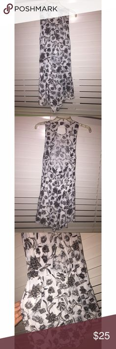 Kendall and Kylie Romper White and gray. Floral print. Open back. Opening in front. Slight discoloration in front from one wash, worn once, but definitely still wearable! Super cute with booties (shoes)! Kendall & Kylie Other